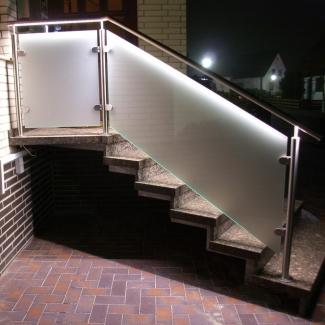 edelstahlgel nder mit led beleuchtung steffen gmbh schlosserei. Black Bedroom Furniture Sets. Home Design Ideas